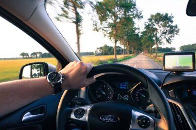 Essential Gadget Accessories for Any Car https://smartcartrends.com