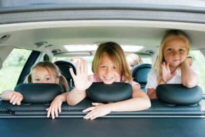 Must-Have Products for a Road Trip with Kids https://smartcartrends.com
