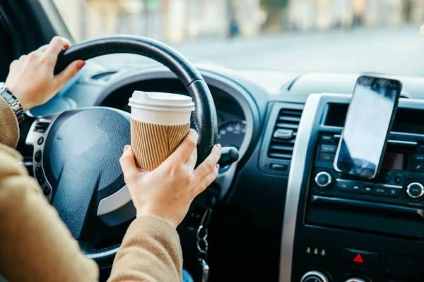 How to Choose Car Phone Holder https://smartcartrends.com